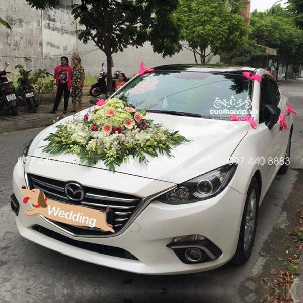 Thuê xe hoa Mazda 3 đám cưới
